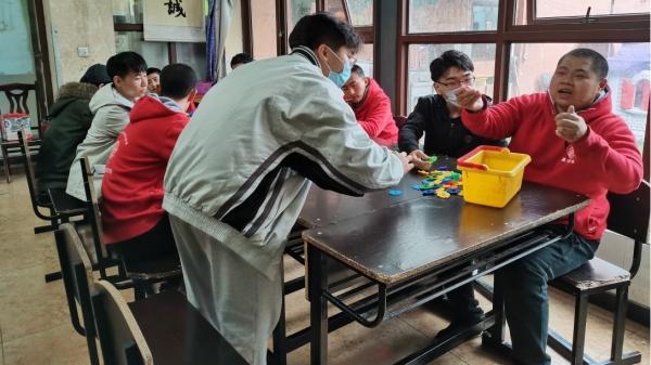 竹园1号书院微光志愿者赴晶洁鸟阳光家园残障儿童基地开展志愿服务活动